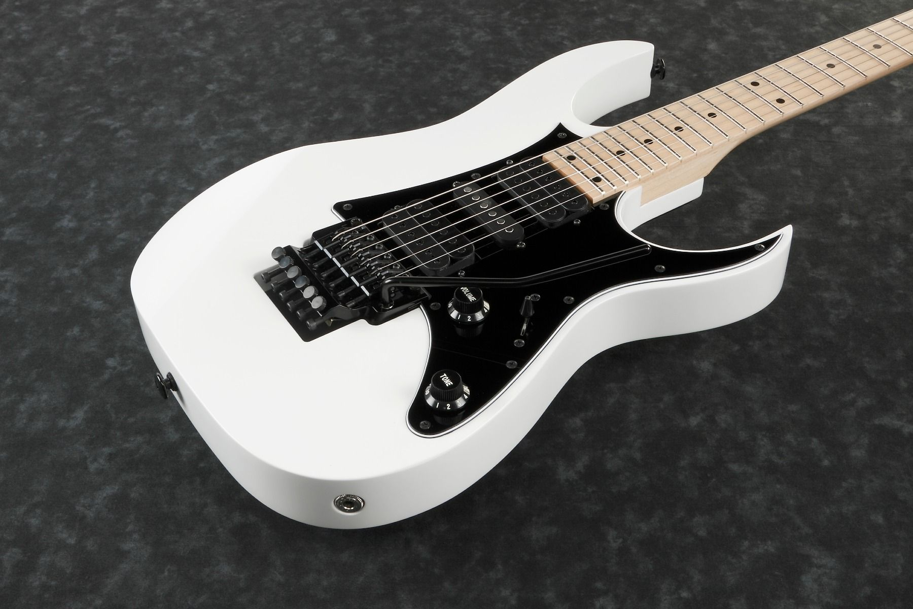 ibanez rg genesis collection white rg550 wh electric guitar rg550wh. Black Bedroom Furniture Sets. Home Design Ideas